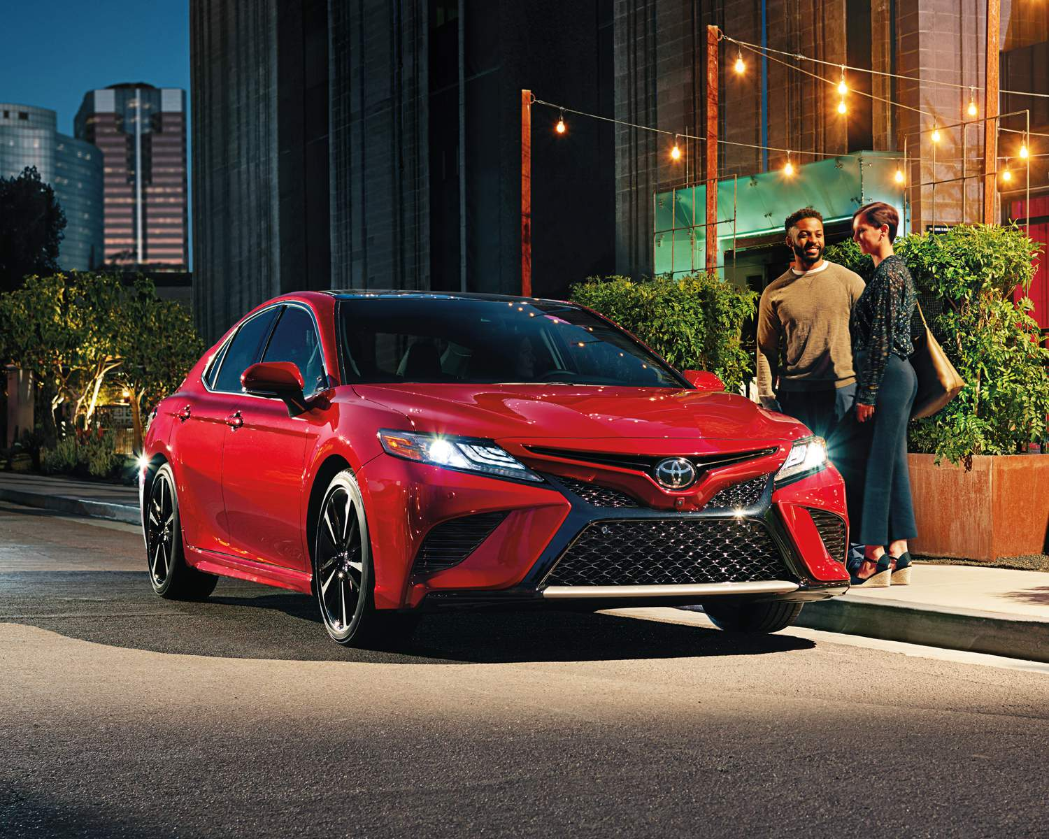 toyota-2018-camry-xse-v6-ruby-red-pearl-l