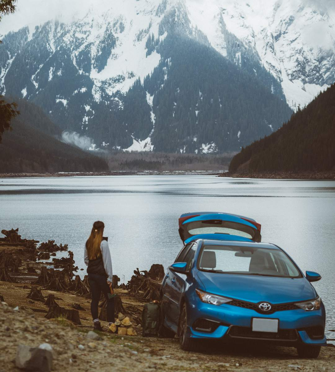 toyota-2018-corolla-im-electric-storm-blue-waterfront-l