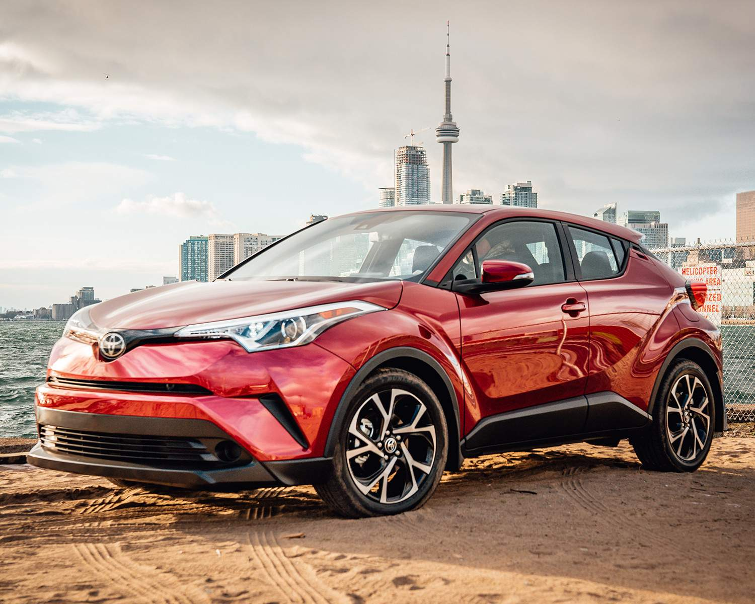 toyota-2018-toyota-c-hr-exterior-ruby-flare-pearl-l