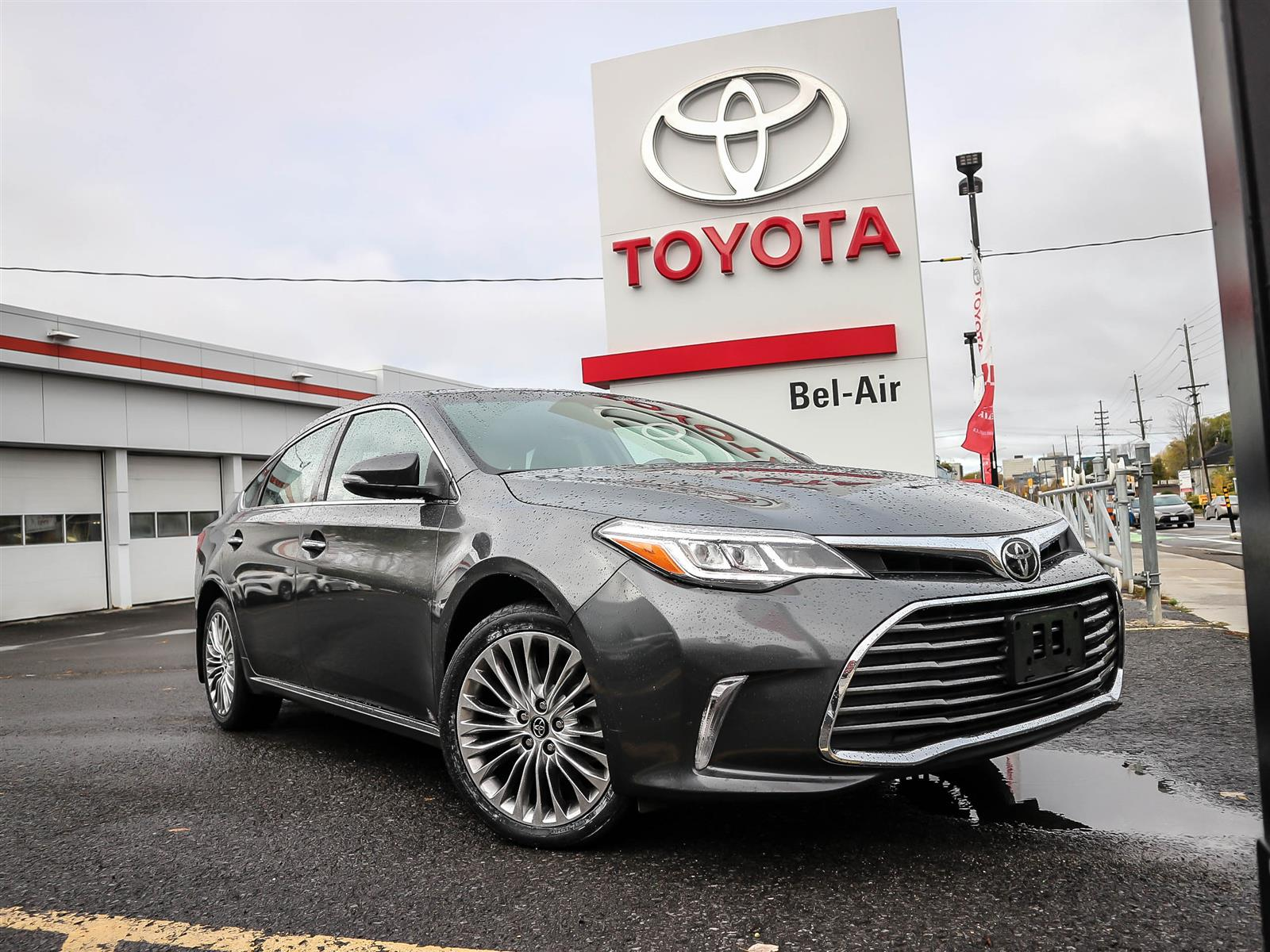 2018 Toyota Avalon at Bel-Air Toyota